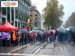 Brüksel'de kamu çalışanlarından grev