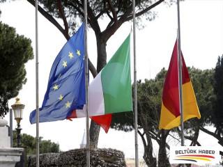 İtalya, Kovid-19 kurbanları için yas tutuyor